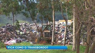 Contrato com empresa de transbordo acaba e lixo fica acumulado em Marília