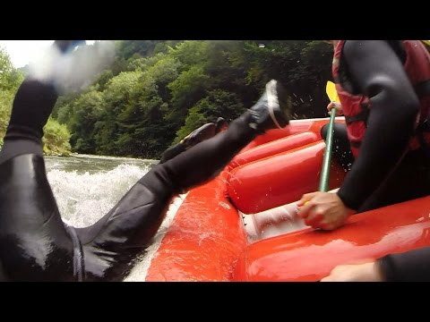 white - I was in France for a week with my Dad & Friends mountain biking but we decided to spice it up even more & go White Water Rafting! I hope you enjoyed :) ○ My Twitter - http://bit.ly/SyndicateTw...