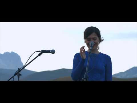 Erica Mou - L'edera | Paesaggi Sonori | 01 Live Sunset 1460m