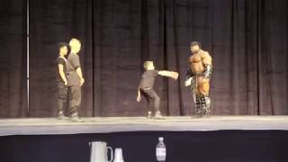 Video BodyBuilder Vs Dance Group MP3, 3GP, MP4, WEBM, AVI, FLV April 2018