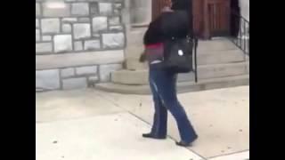 Video Mujer borracha se cae y se saca la mierda jajajajajaa MP3, 3GP, MP4, WEBM, AVI, FLV November 2017