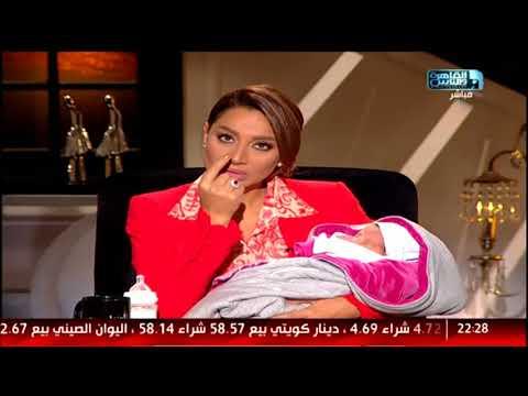 العرب اليوم - شاهد| مذيعة تصرخ على الهواء على أم كانت على وشك بيع ابنتها