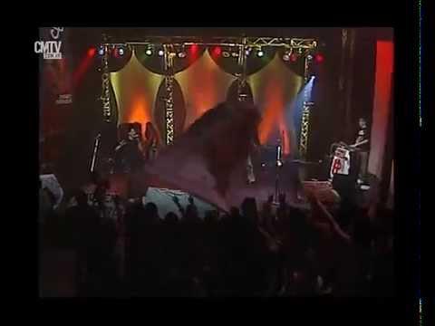 Jóvenes Pordioseros video No la quiero dejar - CM Vivo 2005