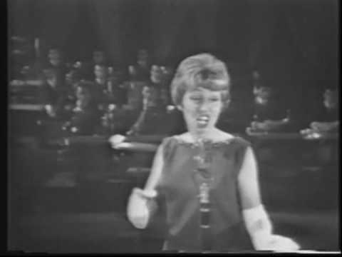 Anita O'Day – Honeysuckle Rose