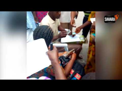 VIDEO: Ekiti PDP Bribes Voters With N3,000 To N5,000 At Old Govt House