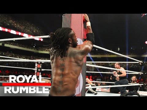 Kofi Kingston pulls off another miraculous save in the Royal Rumble Match: Royal Rumble 2017 (видео)