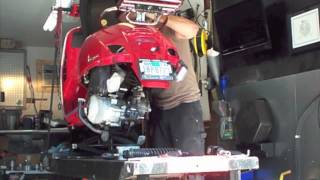 10. Vespa 07 GTS 250 fuel pump replacement