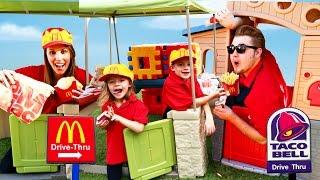 Video McDonalds Drive Thru Taco Bell vs McDonalds Parody & Compilation MP3, 3GP, MP4, WEBM, AVI, FLV Juni 2018