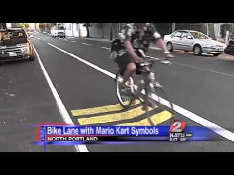 Mario Kart Bike Lane in Portland | Video