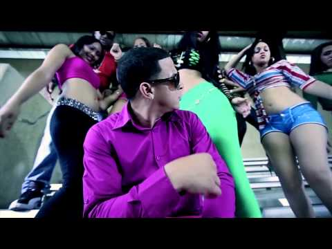 1234 - Music video by El Chuape performing Ponme To Eso Pa Lante. (C) 2012 Toxic Crow Inc / Complot Records . Coincidencia de ID De ElChuapeHD Sigue Me En Twitter @...
