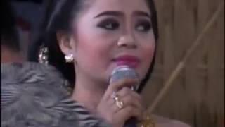 Kedanan Sindhen Rini Epeledhut - Karawitan Muho Laras Cokek Indonesia live Mranggen