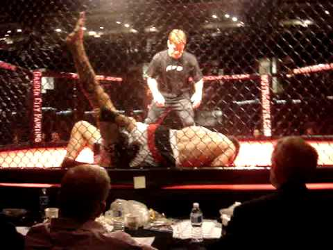 Robert Drysdale vs Bastien Huveneers at AFC 3 July 17 2010