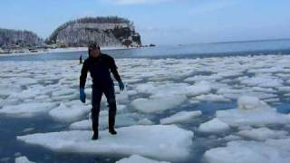 Utoro Japan  City pictures : Drift Ice Hopping at Utoro Hokkaido Japan