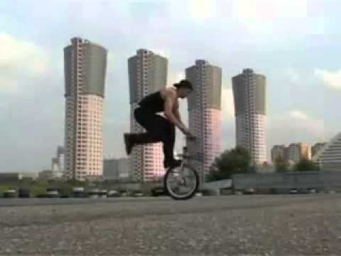 Обучение Трюку На Bmx Foot Jam Tail Whip (видео)