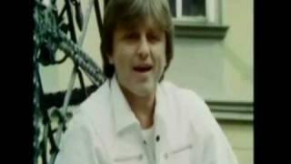 Toto je československá singlová hitparáda roku 1985.Sledujete pořadí na 30. - 21.místě.