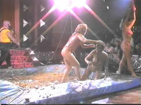 Female Mud Wrestling – Sheri VS. Leslie
