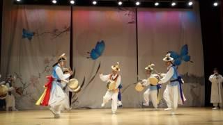 삼거리토요상설무대 천안시립풍물단 버꾸춤 공연