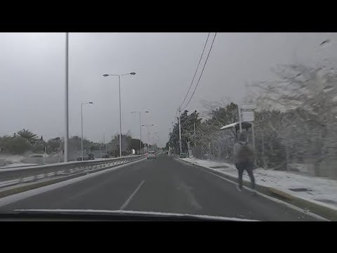 Χιόνια στην Αττική έφερε ο «Τηλέμαχος»