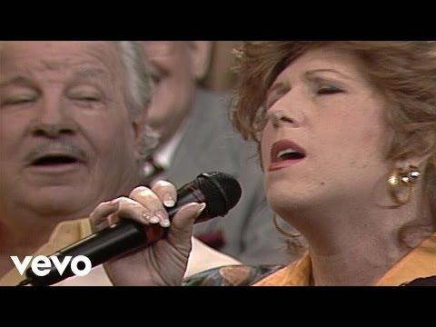 Bill & Gloria Gaither – On Jordan's Stormy Banks (Live)
