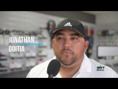 Tienda di Adidas ta habri na Aruba Racquet Club