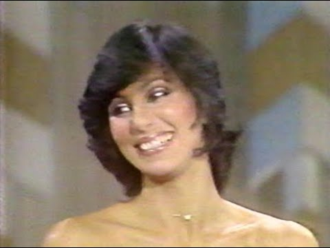 Cher - Mike Douglas Interview (1980)