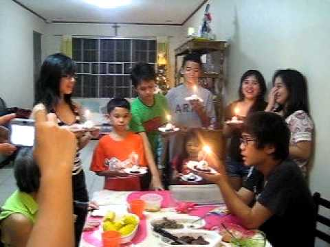 Happy Bday Mummy Aiz & Auntie Maoi (видео)