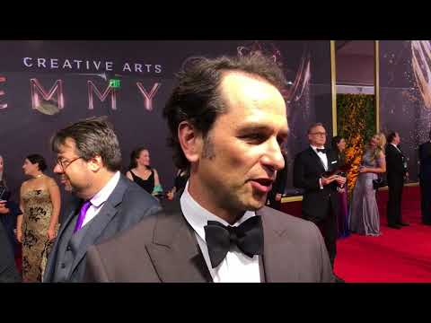 Matthew Rhys (Girls) on the red carpet at the 2017 Creative Arts Emmys