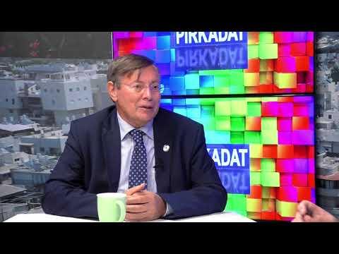 PIRKADAT: Dr. Hóvári János