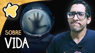 """Impressões de Artur Andrade (https://www.youtube.com/BilheteramaPop) sobre o filme """"Vida (Life; 2017)"""".INSCREVA-SE: http://bit.ly/inscreversessaocomentadaNÃO PERCA NENHUMA NOVIDADE!Facebook: http://www.facebook.com/sessaocomentada/Twitter: https://twitter.com/sessaocomentada"""