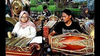 Javanese GAMELAN MUSIC Jawa Ensemble Orchestra [HD]
