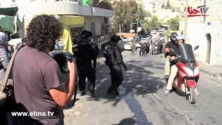 مشاهد اطلاق النار من قبل الجنود ورجال الشرطة