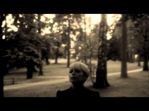 Tekst piosenki September - Walk Away po polsku
