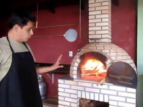 Como usar forno de pizza à lenha