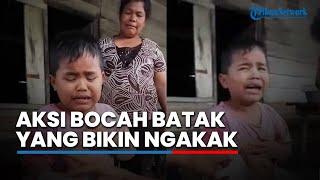 Video Bocah Batak Ini Kocak, Alasan Penyebab Tangannya Sakit Bikin Orang Sekitarnya Sakit Perut! MP3, 3GP, MP4, WEBM, AVI, FLV Januari 2018