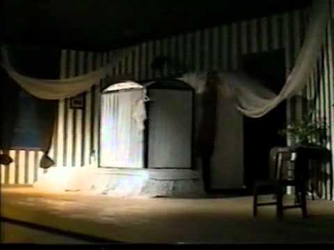 """Сцена из спектакля """"Квартира Коломбины"""""""
