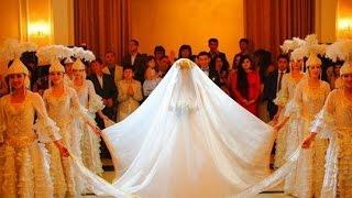 Video On The Spot - Pakaian Adat Pernikahan di Berbagai Negara MP3, 3GP, MP4, WEBM, AVI, FLV Maret 2018