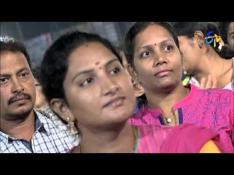 Raghu-Kunche-Ranina-Reddy-Performance--Pathikella-Sundhari-Song-in-Ongole-ETV-20-Celebrations
