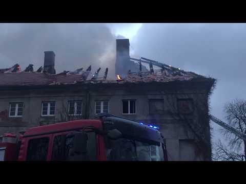 Wideo: Pożar pałacu w Sieroszowicach