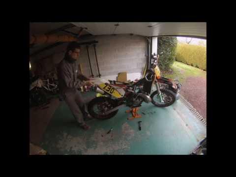 Entretien KTM 200 EXC Time lapse