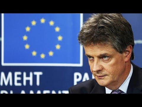 Την παραίτησή του ανακοίνωσε ο Βρετανός επίτροπος