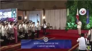Duterte's Cabinet members take oath