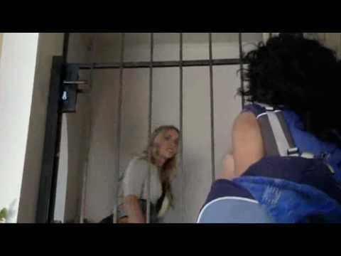 Kick - Layla and Jackie - eps 112-113
