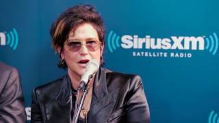 Prince Hires <b>Wendy Melvoin</b> To Join The Revolution // VOLUME
