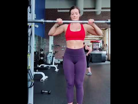 Hot Gym Workout By A Hot Mature Amateur Blonde Girl