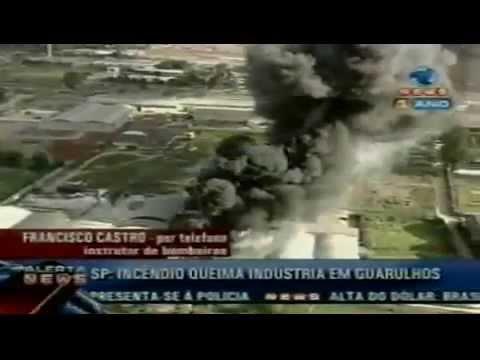 Incêndio queima Empresa em Guarulhos  Record News