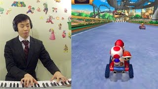Holiday Music - The Little Drummer Boy / Drummer Boy In Baby Park Performed By Video Game Pianist™