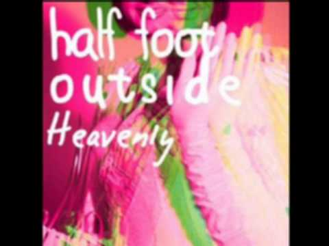 The floating spaceboy -by Half foot outside- (Album version)