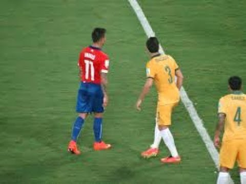 Chile vs Australia - Abstract First Half - FIFA Confederations Cup Russia 2017 - Groups