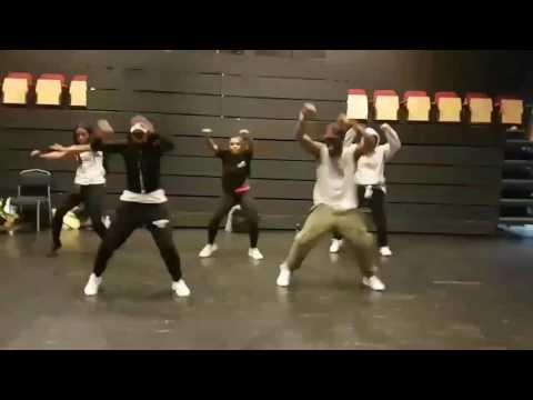 E.L -Mi Naa Bo Po  / Dance  by TagoeTime & FlowF & AMC