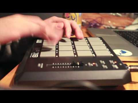 Juke/Footwork Beat on AKAI MPD18 by KΣITO